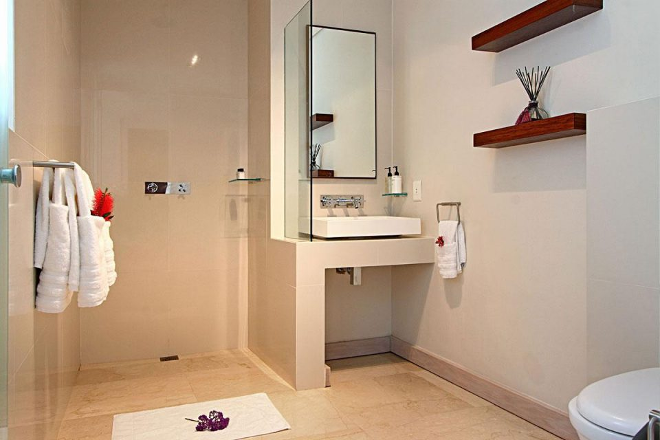 Adara - Bathroom