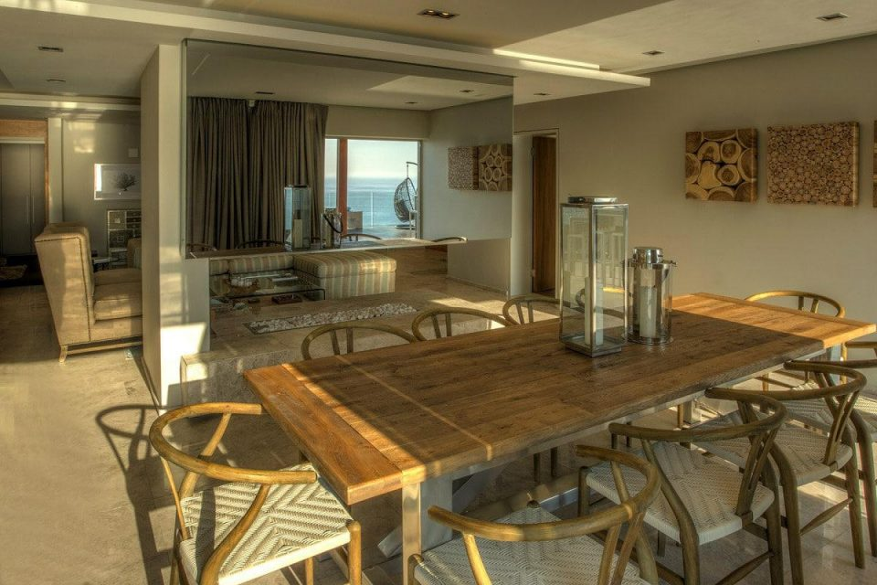 Aegea - Dining table & Living area