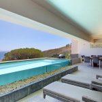 Casablanca - Upstairs Patio & Pool