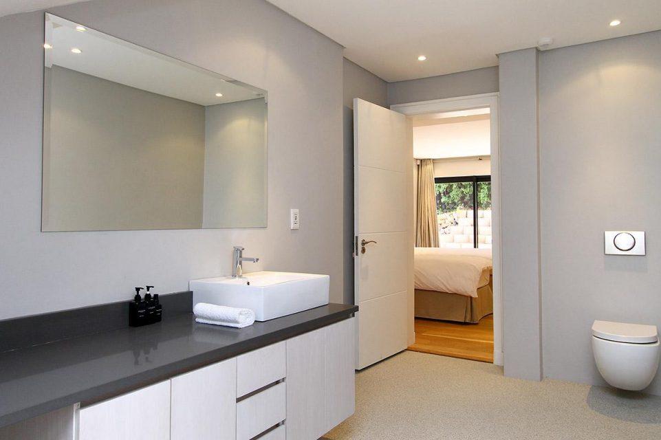 Casablanca - Third Bedroom En-suite Bathroom