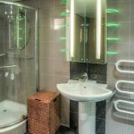 Clifton Rocks - Bathroom