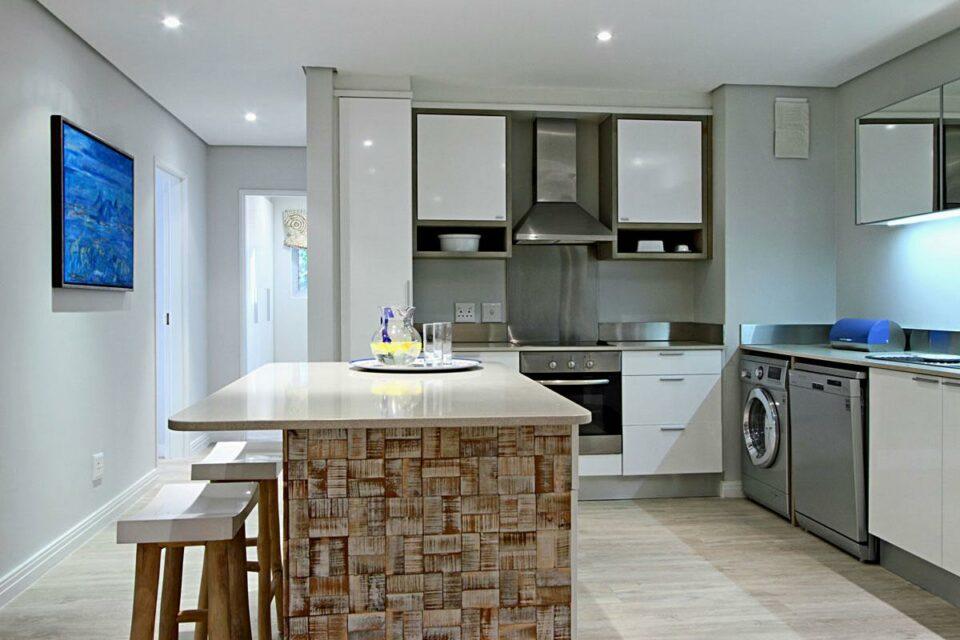 Dunmore Blue - Kitchen & seating