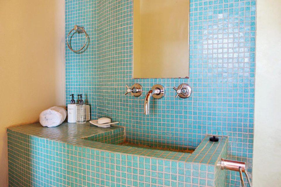 Oudekraal Lodge - Shower room