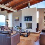 Oudekraal Lodge - Living & TV area