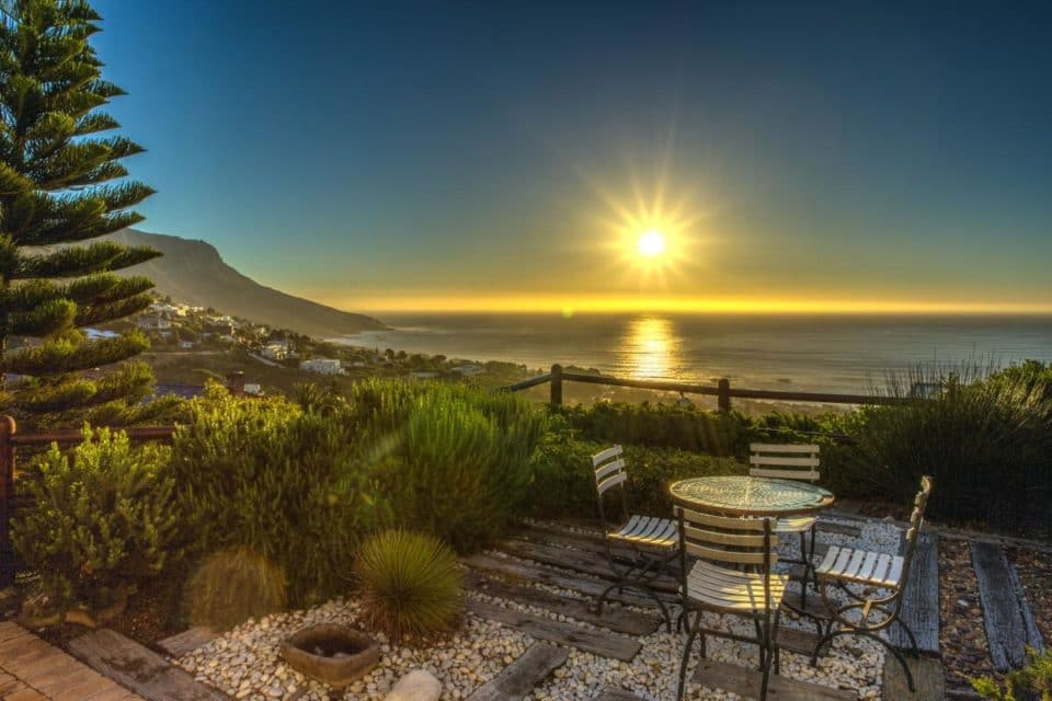The Kestrel - Outdoor Dining & sea view