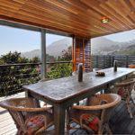 17 Geneva Upper - Outdoor seating & mountain view