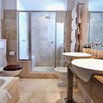 Bali Luxury Suite E - En-suite to master bedroom