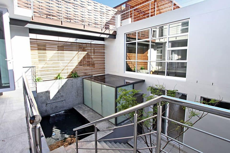 houghton-villa-7895270