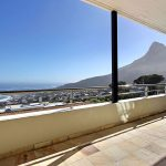 Medburn Views Penthouse - Balcony & Views
