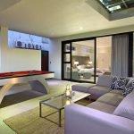 17 Geneva Drive - Living area