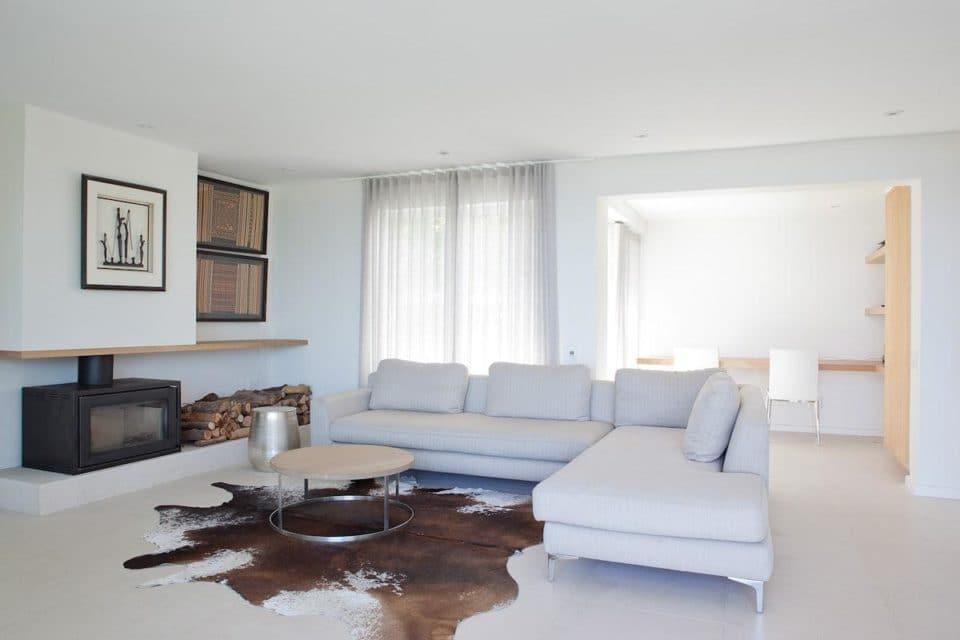 Le Blanc Villa - Living area & Fire place