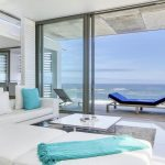 15 Views Penthouse - Living area with ocean view