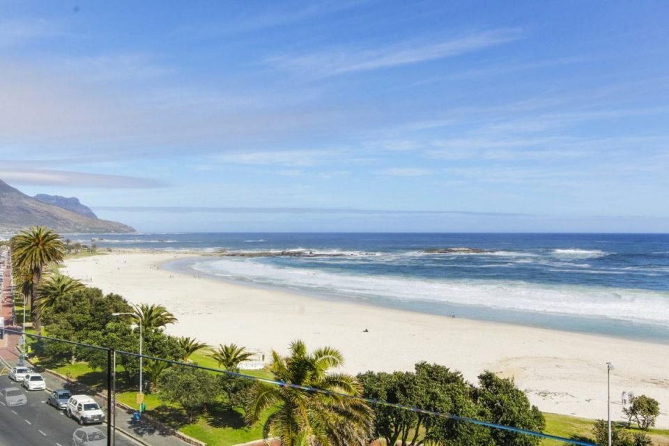 15 Views Penthouse - View of Camps Bay beach