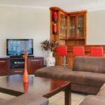 100 Geneva - Living area