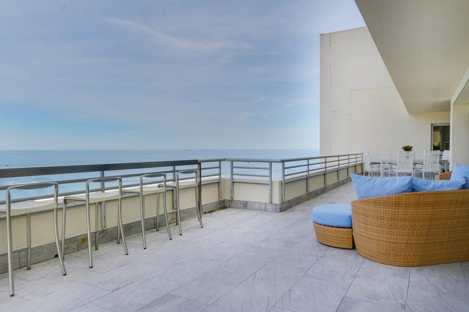 Penthouse on Clifton - Balcony