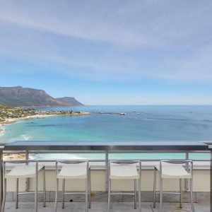 Penthouse on Clifton - Seating with mountain & sea views