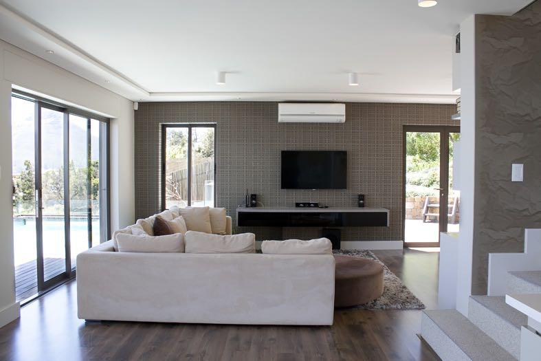 Villa Tierra - Living area & TV
