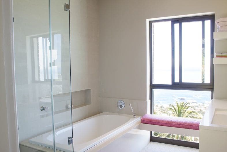 Villa Tierra - Shared Bathroom