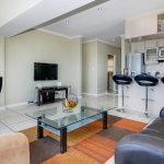 270 Degrees - Living area & TV
