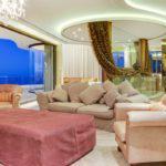 La Grande Vue - Living space in master