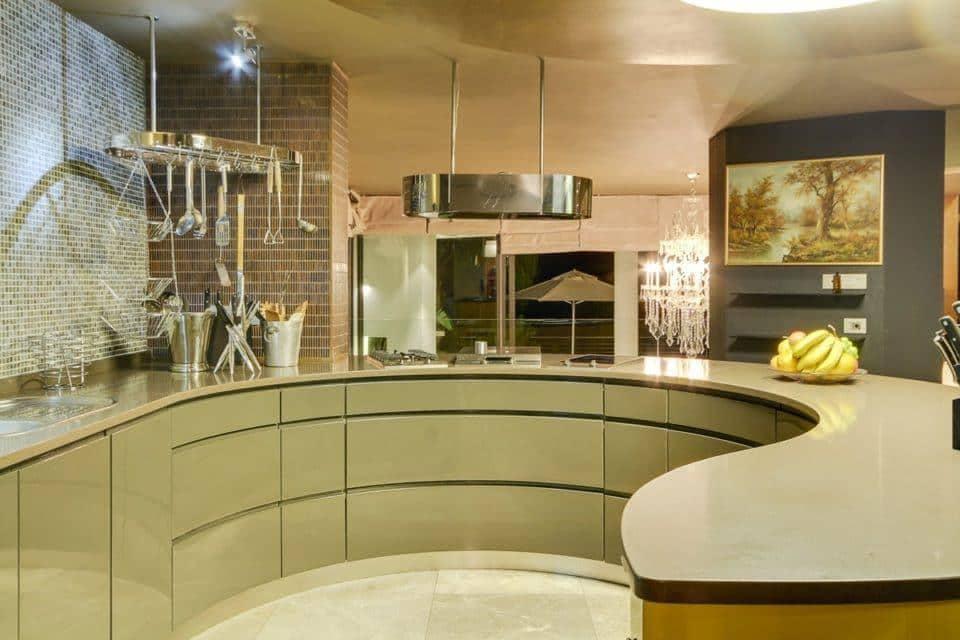 La Grande Vue - Kitchen
