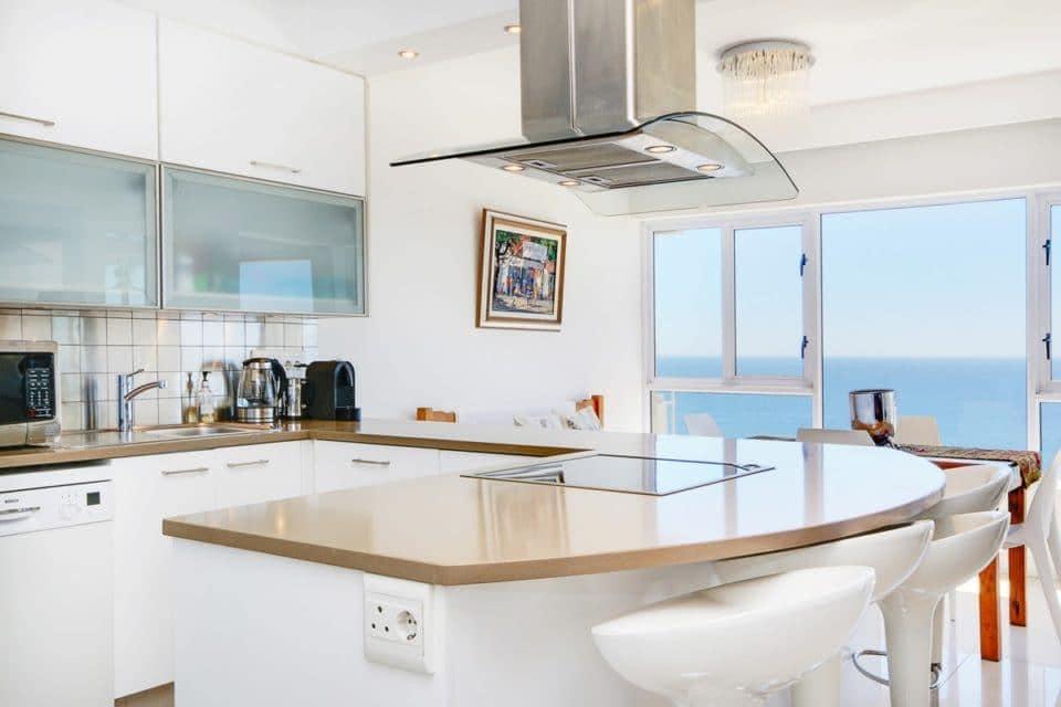 Atlantic Spray - Kitchen with sea view