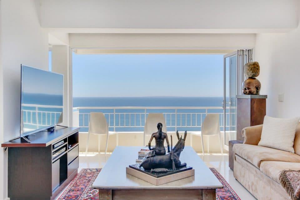 Atlantic Spray - Living area with sea view