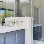 Jumeirah Blue - En-suite to master