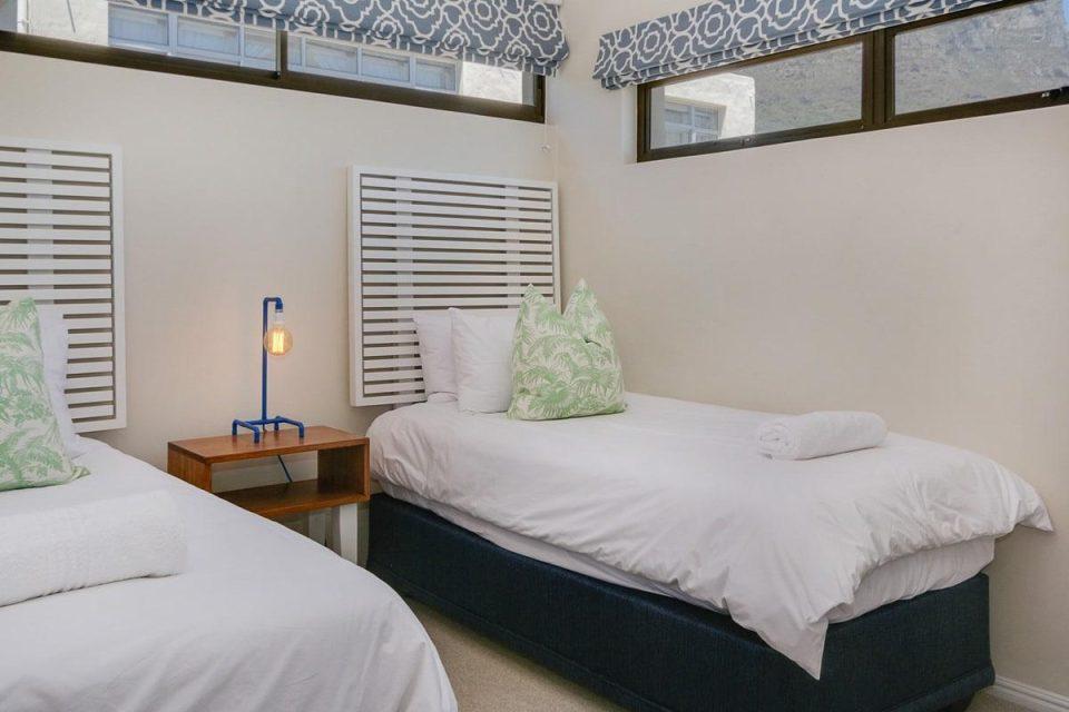 Jumeirah Blue - Third bedroom