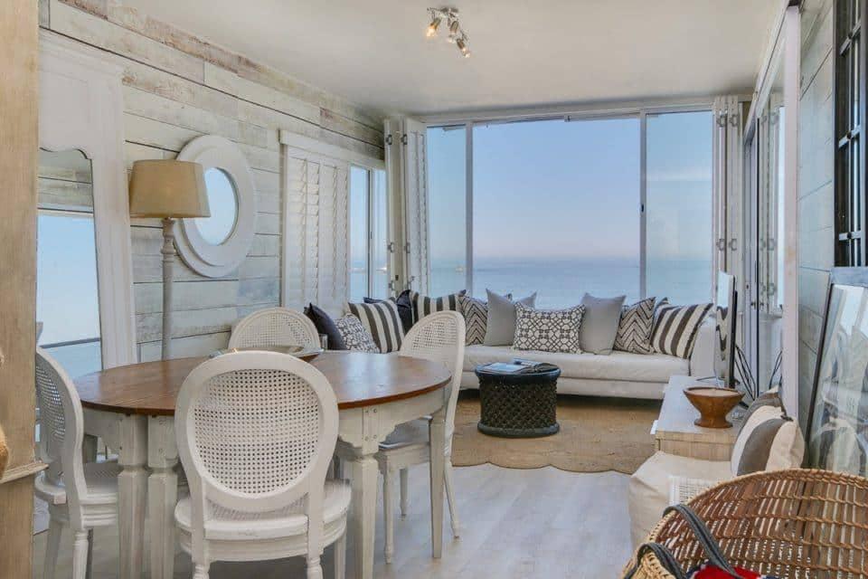 Clifton Attina - Living & dining area with Views