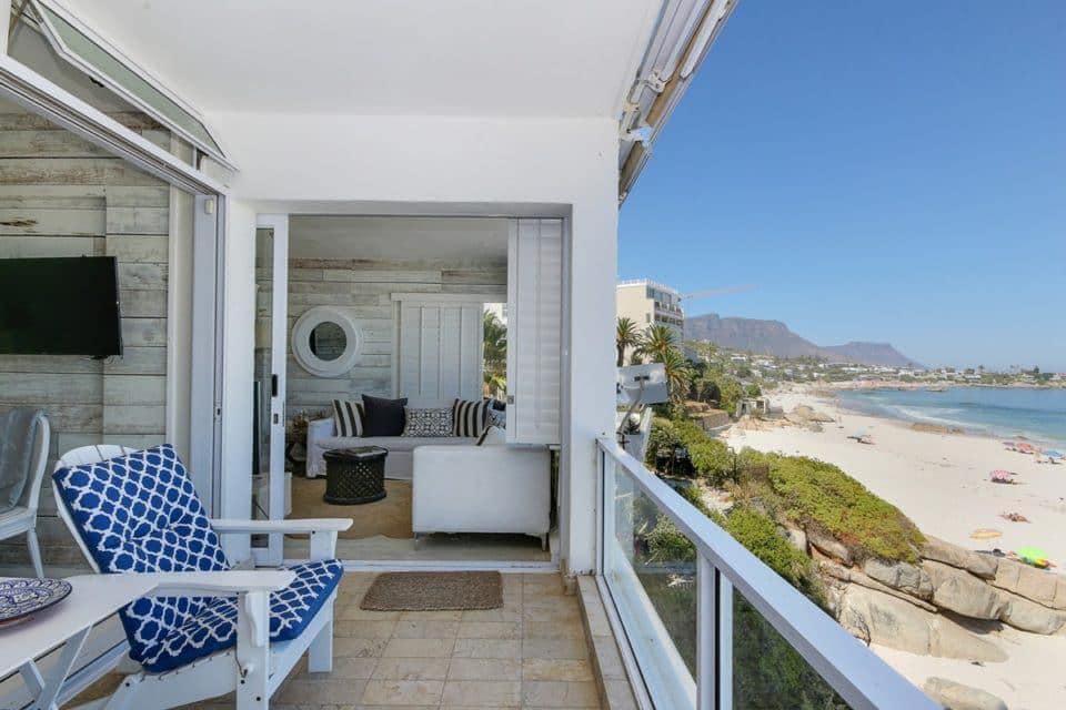 Clifton Attina - Balcony with seating