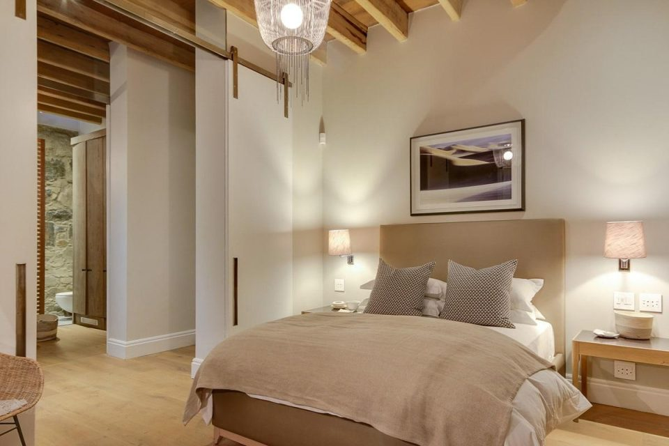 155 Waterkant - Master bedroom with en-suite