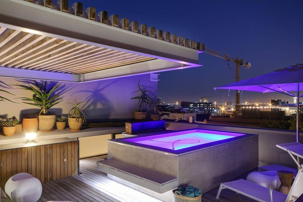 155 Waterkant - Exterior with pool