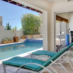 4 Ave Charmante - Pool & fitness room