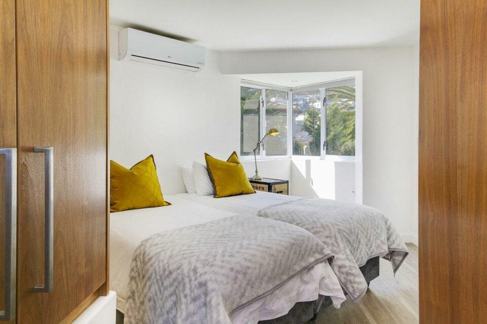 Modoco - Second Bedroom / Mountain Bedroom