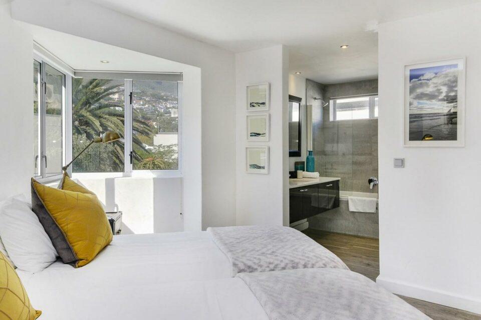 Modoco - Second Bedroom & En-suite Bathroom