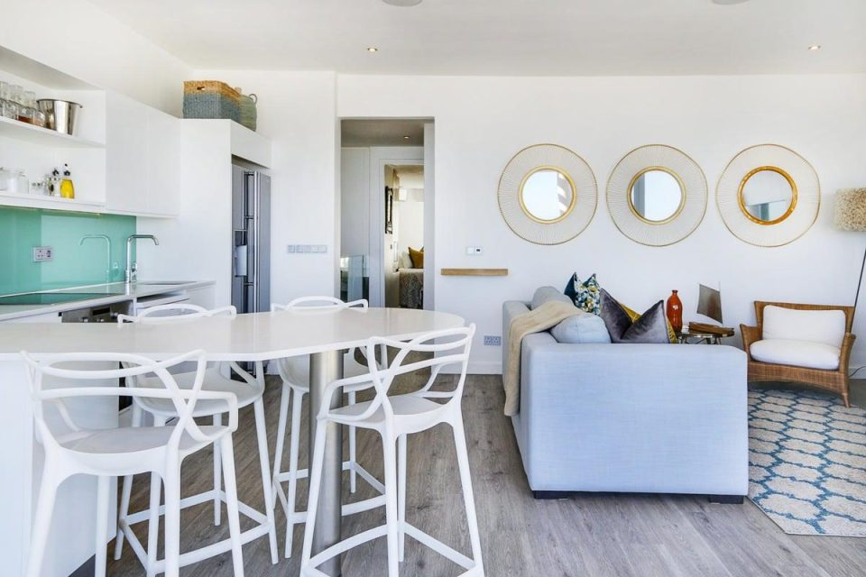 Modoco - Living Area