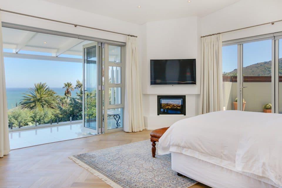 Shanklin Road - Master bedroom & TV