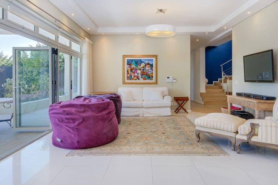 Shanklin Road - Living area & TV