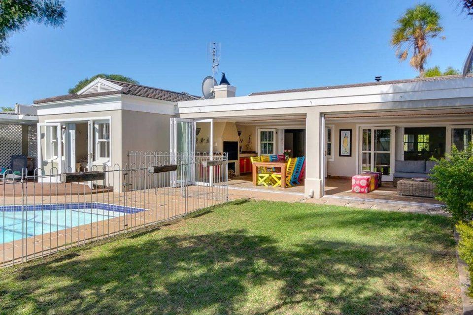 almond-villa-38729478