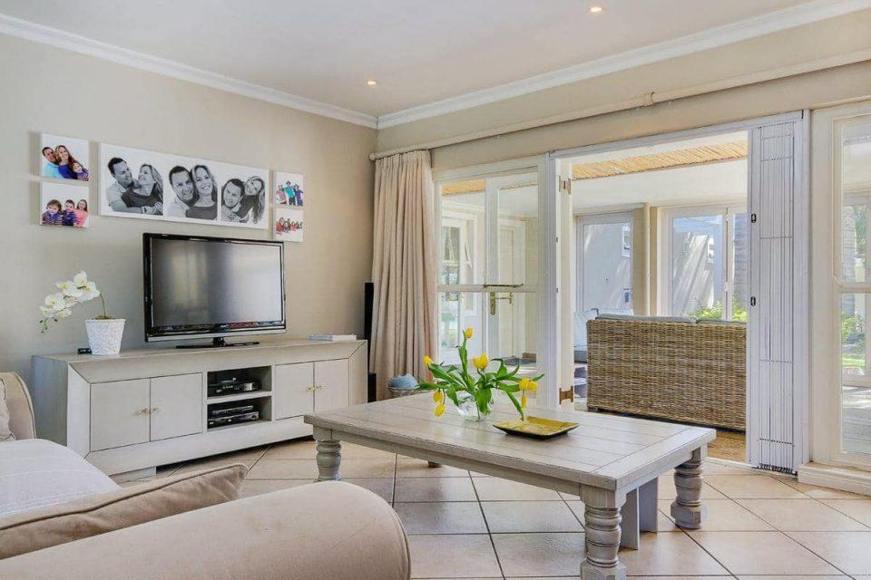 almond-villa-38785306