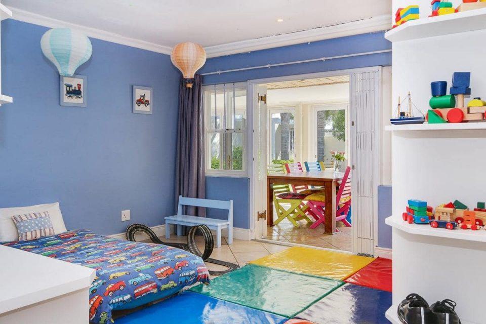almond-villa-38785362