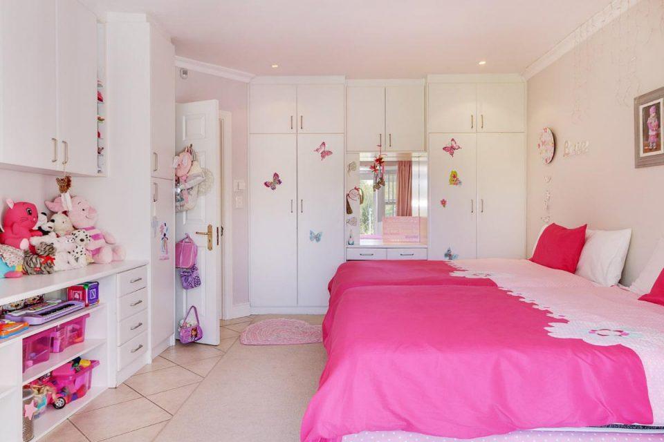 almond-villa-38785364