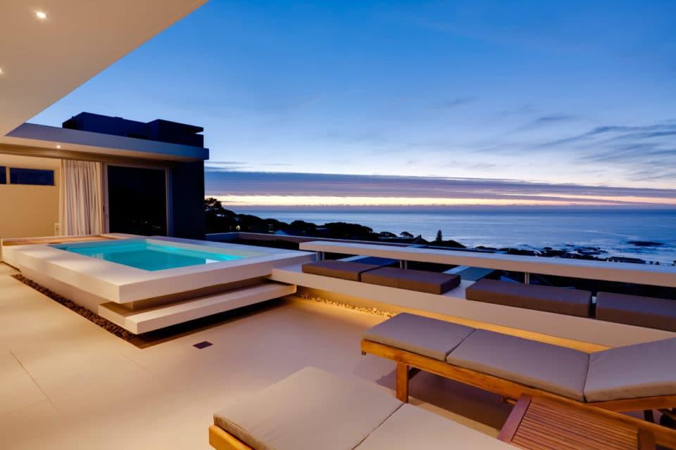 aquatic-penthouse-40366427