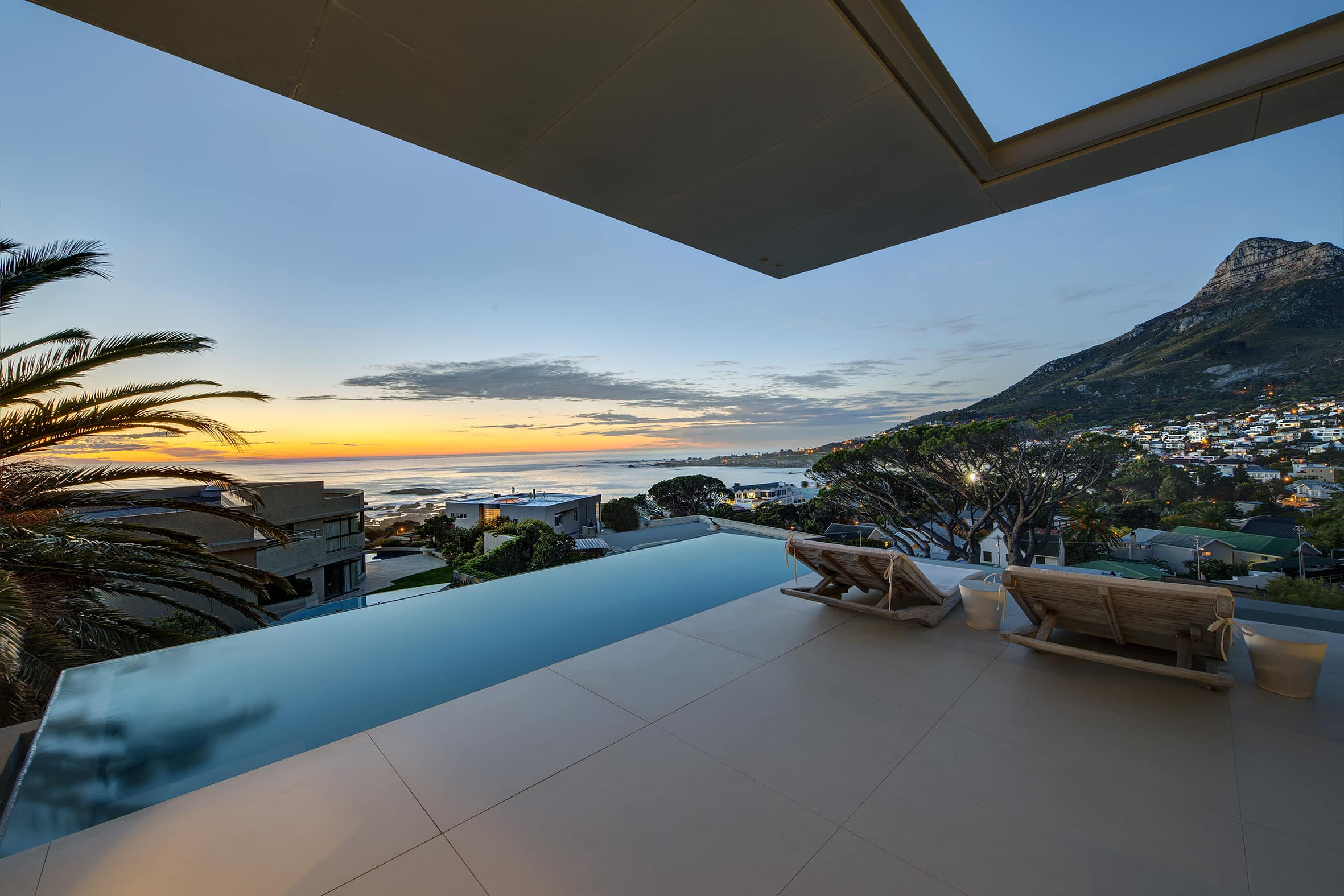 Bond House, Camps Bay