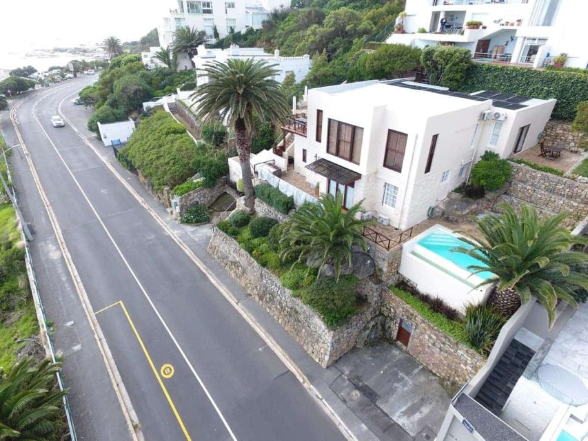 Camps Bay Terrace Lodge - Drone Image of road