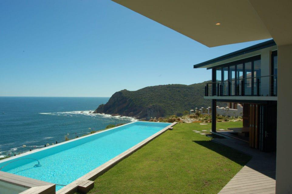 cliff-house-41506423