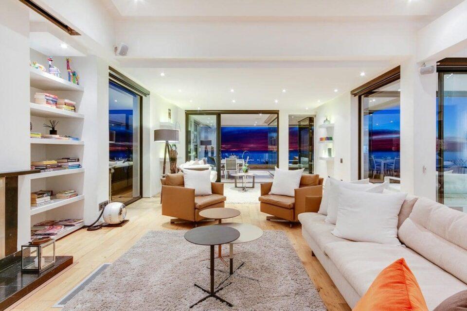 Prima Views - Living area
