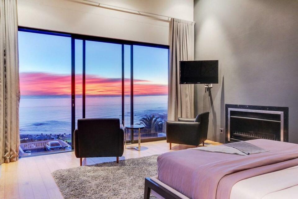 Prima Views - Master bedroom