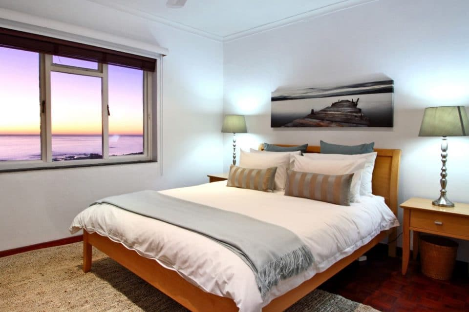 Sunset Hills - Second Bedroom